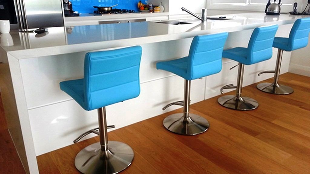 furniture hire auckland Smooch bar stools